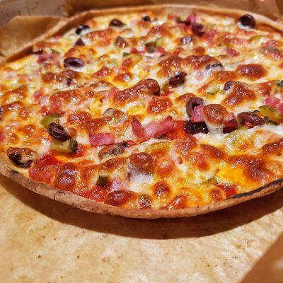 пица с тортила питка