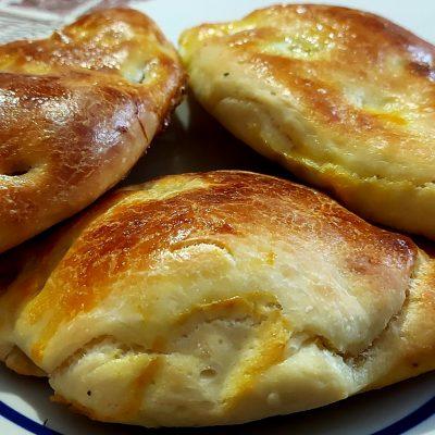 вкусни питки със сирене